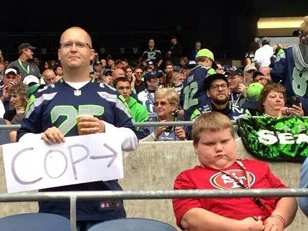 Seattle Seahawks fan finds undercover cop in San Francisco 49ers gears